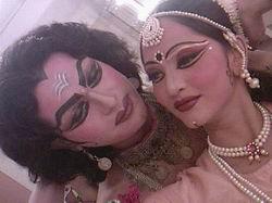 Мастер-класс по эстрадным индийским эстрадным танцам стиль болливуд
