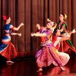 """Школа восточного танца """"Шелковый путь"""". Весы. Стилизация индийского танца."""